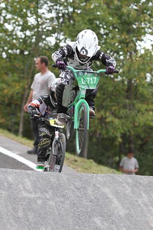 BMX_BOI2044