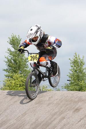 BMX_SB2647