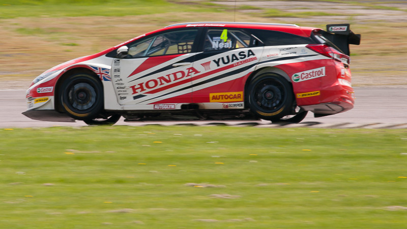 Matt Neal, BTCC, Thruxton, May 2014
