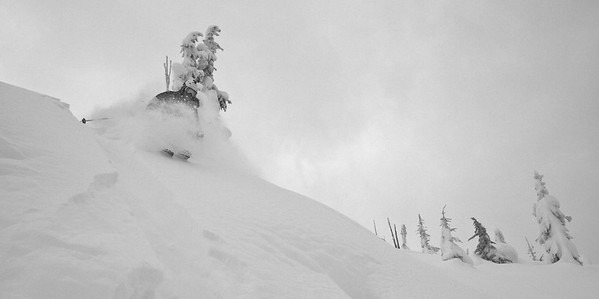 Rogers Pass - 40 cm's of new snow, and Michael's first day skinning in the Pass