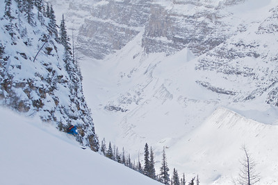 A lovely ski under Canada's first mountaineering playground.