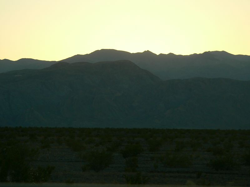 Sunset over the mountains as we ascended out of Stovepipe.