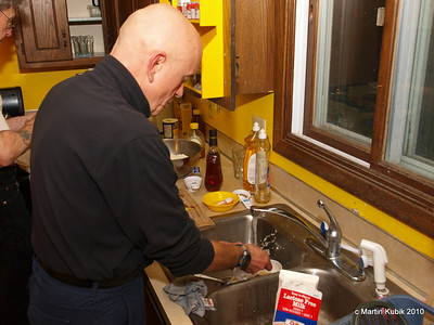 Jan is sterilizing dishes to make sure our adventurers will not fall pray to harmful bacteria.