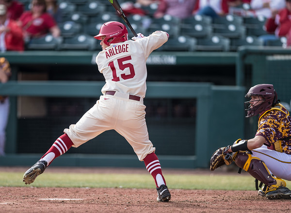 Arkansas outfielder Jake Arledge (15) at bat during a baseball game between Arkansas and Central Michigan on 2-21-16.   (Alan Jamison, Nate Allen Sports Service)