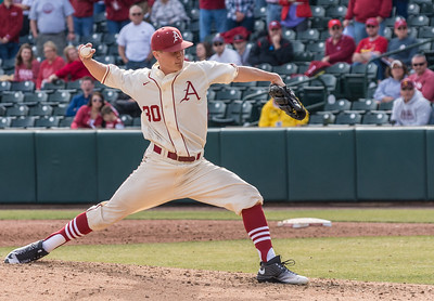 Arkansas pitcher Hunter Hart (30) pitches during a baseball game between Arkansas and Central Michigan on 2-21-16.   (Alan Jamison, Nate Allen Sports Service)