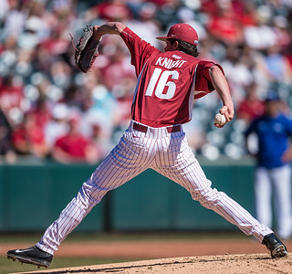 Arkansas pitcher Blaine Knight (16) pitching during a baseball game between Arkansas and Eastern Illinois on 3-5-16.   (Alan Jamison, Nate Allen Sports Service)