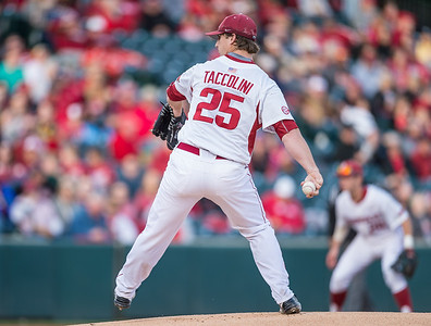 Arkansas pitcher Dominic Taccolini (25) pitches during a baseball game between Arkansas and Auburn on 3-25-16.  (Alan Jamison, Nate Allen Sports Service)
