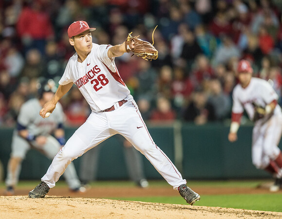 Arkansas pitcher James Teague (28) pitches during a baseball game between Arkansas and Auburn on 3-25-16.  (Alan Jamison, Nate Allen Sports Service)