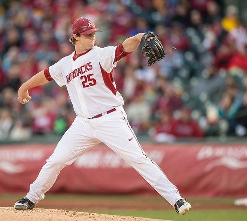 Arkansas pitcher Dominic Taccolini (25) pitches during a baseball game between Arkansas and Missouri on 4-1-16.  (Alan Jamison, Nate Allen Sports Service)