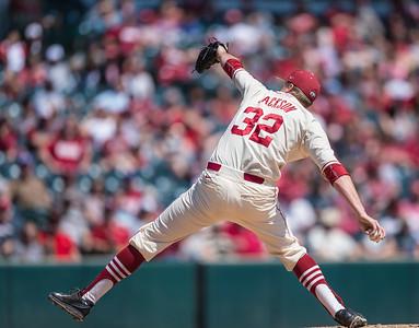 Arkansas pitcher Zach Jackson (32) pitches during a baseball game between Arkansas and Missouri on 4-3-16.  (Alan Jamison, Nate Allen Sports Service)