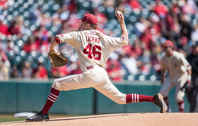Arkansas pitcher Barrett Loseke (46) pitches during a baseball game between Arkansas and Missouri on 4-3-16.  (Alan Jamison, Nate Allen Sports Service)