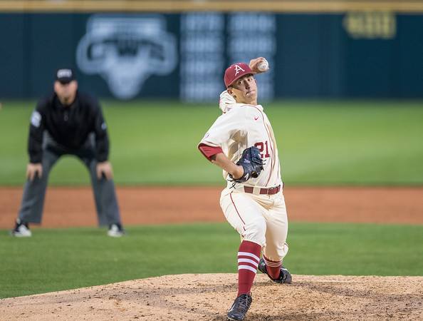 Arkansas pitcher Kacey Murphy (21) pitches during a baseball game between Arkansas and Creighton on 4/19/2016.   (Alan Jamison, Nate Allen Sports Service)