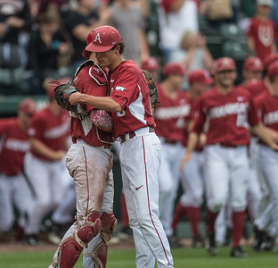 Arkansas pitcher Blaine Knight (16) is congratulated by Tucker Pennell after a baseball game between Arkansas and Texas A&M University on 4/30/2016.   (Alan Jamison, Nate Allen Sports Service)