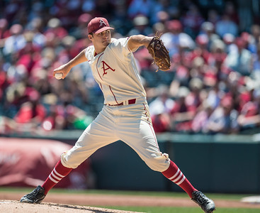 Arkansas pitcher Keaton McKinney (11) pitches during a baseball game between Arkansas and Texas A&M University on 5/1/2016.   (Alan Jamison, Nate Allen Sports Service)