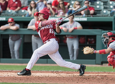 Arkansas outfielder Jake Arledge (15) at bat during a baseball game between Arkansas and Miami (Ohio) on Saturday. 2/18/2017.  (Alan Jamison, Nate Allen Sports Service)