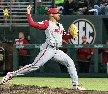 Isaiah Campbell pitches during a baseball game between the Arkansas Razorbacks and the Vanderbilt Commodores on Friday, April 12, 2019, at Hawkins Stadium.  (Alan Jamison, Nate Allen Sports Service)