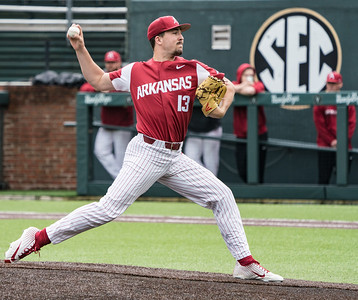 Connor Noland pitches during a baseball game between the Arkansas Razorbacks and the Vanderbilt Commodores on Saturday, April 13, 2019, at Hawkins Stadium.  (Alan Jamison, Nate Allen Sports Service)