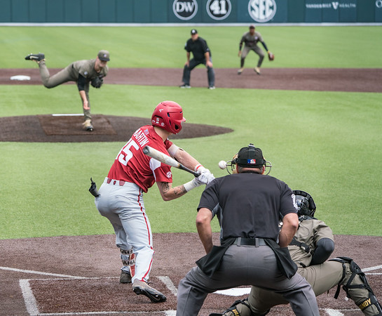 Casey Martin at bat during a baseball game between the Arkansas Razorbacks and the Vanderbilt Commodores on Sunday, April 14, 2019, at Hawkins Stadium.  (Alan Jamison, Nate Allen Sports Service)