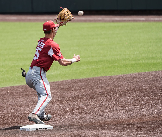 Casey Martin starts a double play during a baseball game between the Arkansas Razorbacks and the Vanderbilt Commodores on Sunday, April 14, 2019, at Hawkins Stadium.  (Alan Jamison, Nate Allen Sports Service)