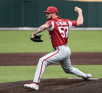 Cody Scroggins pitches during a baseball game between the Arkansas Razorbacks and the Vanderbilt Commodores on Sunday, April 14, 2019, at Hawkins Stadium.  (Alan Jamison, Nate Allen Sports Service)
