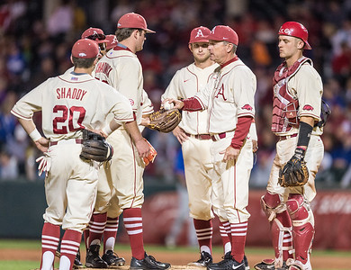 Arkansas head coach Dave Van Horn gives the ball to Cannon Chadwick  during a baseball game between Arkansas and Florida on 4/16/2016.   (Alan Jamison, Nate Allen Sports Service)