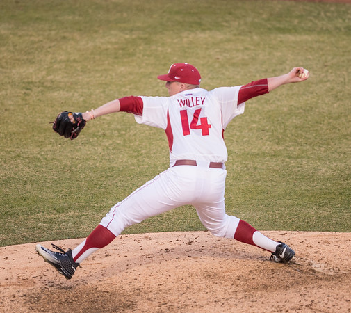 Arkansas pitcher Doug Willey (14) pitches during a baseball game between Arkansas and Central Michigan on 2-19-16.   (Alan Jamison, Nate Allen Sports Service)