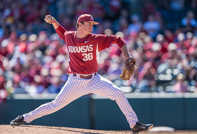 Arkansas pitcher Cannon Chadwick (36) pitches in relief during a baseball game between Arkansas and Eastern Illinois on 3-5-16.   (Alan Jamison, Nate Allen Sports Service)