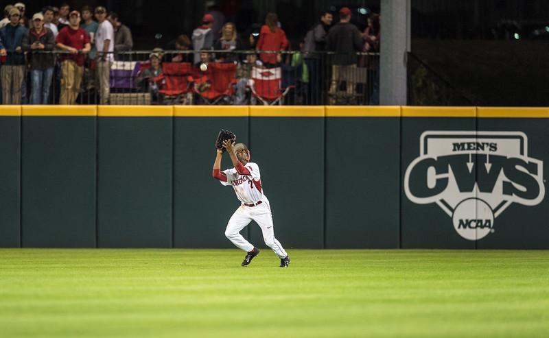 Arkansas outfielder Darien Simms (7) catches a fly ball during a baseball game between Arkansas and Florida on 4/14/2016.   (Alan Jamison, Nate Allen Sports Service)