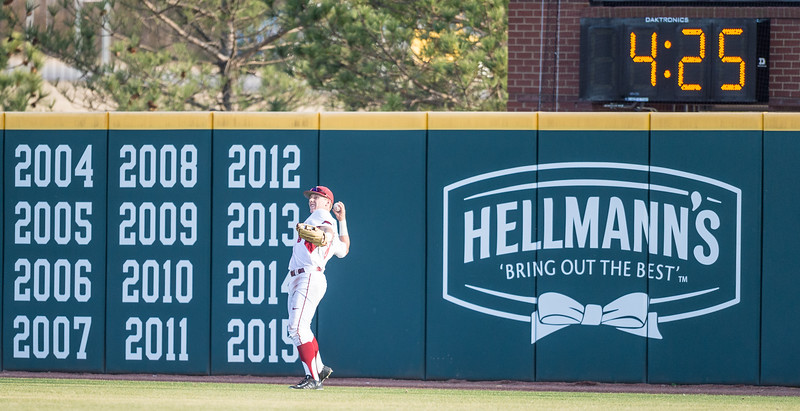Arkansas outfielder Eric Cole (8) fielding during a baseball game between Arkansas and Central Michigan on 2-19-16.   (Alan Jamison, Nate Allen Sports Service)