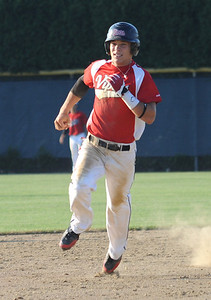 Vipers 1 runs to third for a triple in the sixth inning July 7.   Steve Manheim