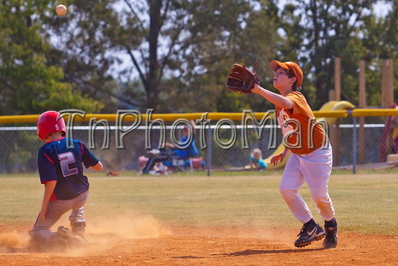 20110917-1230Game-8937-36