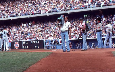 1977 World Series, Chuck on field filming Yankees into