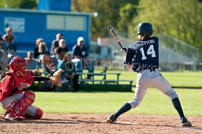 2010 Baseball Varsity-30