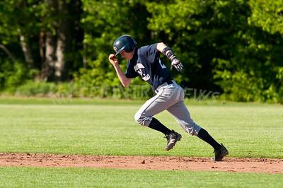 2010 Baseball Varsity-28