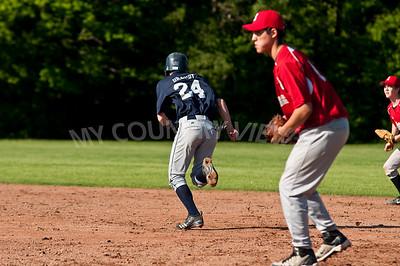 2010 Baseball Varsity-25