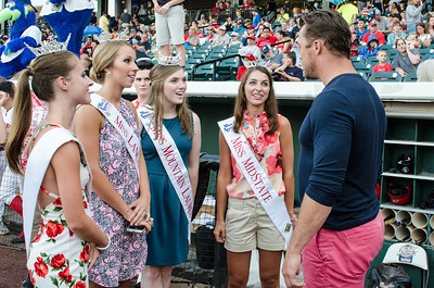 Miss Red Rose City, Miss Lancaster County, Miss Mountain Laurel, Miss MidState, and Chris Soules talk baseball.