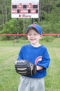 Cubs T-Ball_052210_0047