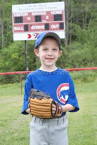 Cubs T-Ball_052210_0051