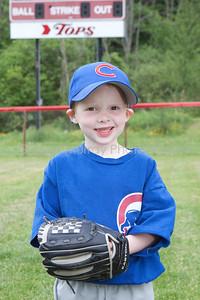 Cubs T-Ball_052210_0049