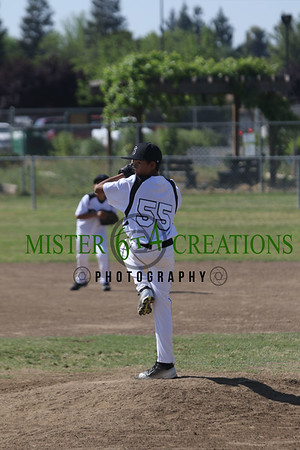 Clovis Steal Baseball Vs Selma Grizzlies