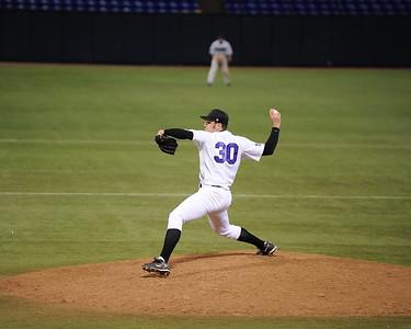 2008 College Baseball - Jason Hooper  - UW Whitewater vs. St. Cloud State Huskies at the HHH Metrodome.