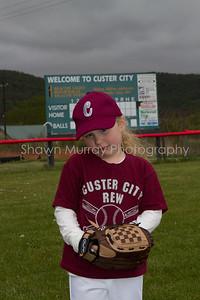Custer City-Rew TBall_051210_0037