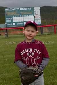 Custer City-Rew TBall_051210_0026