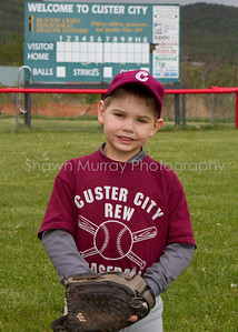 Custer City-Rew TBall_051210_0027