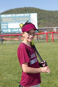 Custer City-Rew Softball_051410_0004