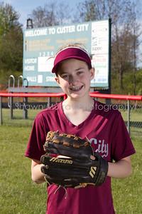 Custer City-Rew Softball_051410_0038
