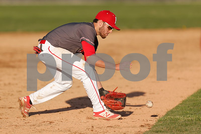 Plainfield High School third baseman Luke Castetter  (2)fields the ground ball during the game between Danville vs Plainfield at  Plainfield High School in Plainfield,IN. (Jeff Brown/Flyer Photo)