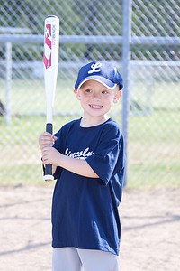 Lincoln T-ball 2_050510_0085