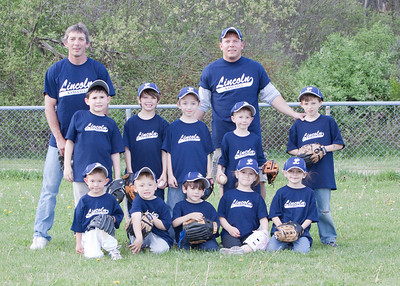 Lincoln T-ball 2_050510_0118