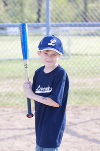 Lincoln T-ball 2_050510_0103